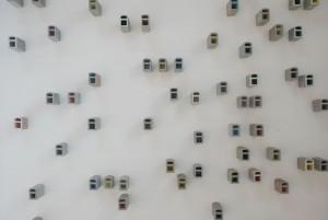 Finestre di Notte, ceramic. Installation view